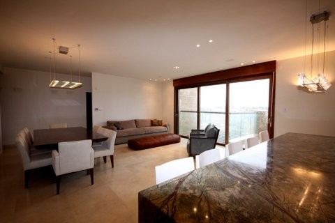 19.Luxury Rental King David 4BR image #25