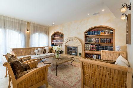 31.Luxury Villa Rechavia 8 BR image 4