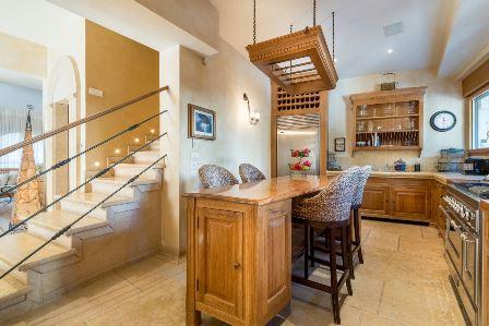 31.Luxury Villa Rechavia 8 BR image #5