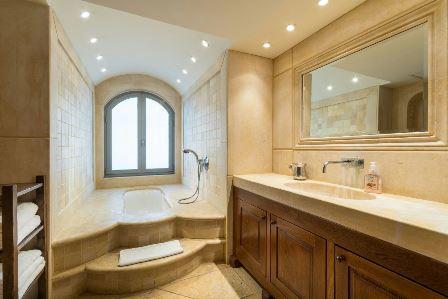 31.Luxury Villa Rechavia 7 BR image #9