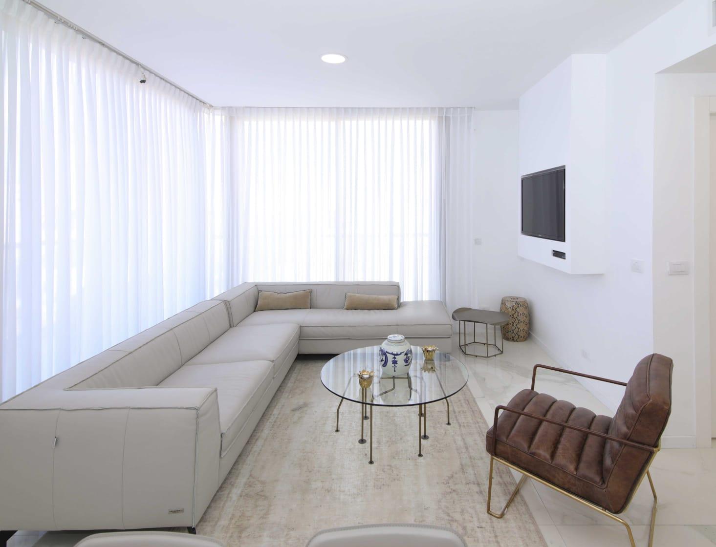 22.Luxury 2BR city Center/Mamilla image 3