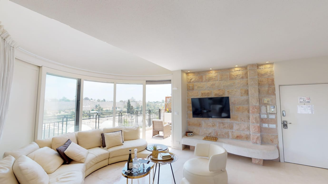 3.Old City views Luxury Mamilla 3 BR
